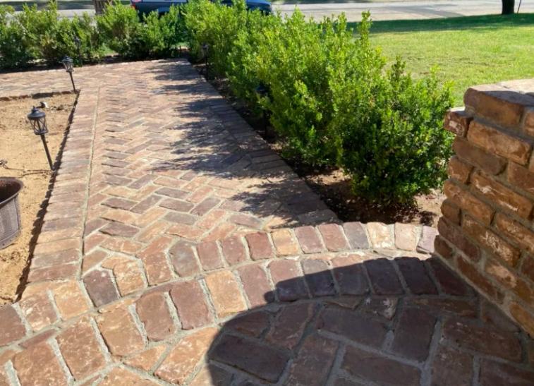 this image shows stone pavement in Cerritos, California